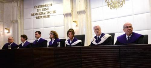 Cour constitutionelle.jpg