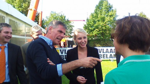 Filip Dewinter et Marion Marechal Le Pen.jpg