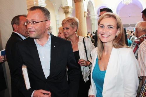 Zlatko Hasanbegović et Bruna Esih.jpeg