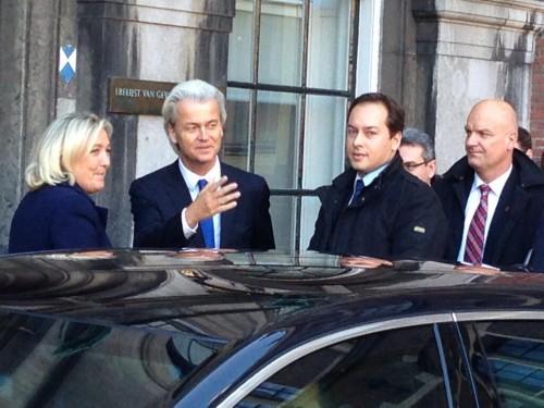 Marine Le Pen Geert Wilders 2.jpg