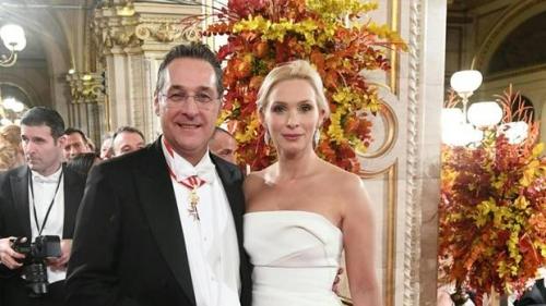 HC Strache et Philippa.jpg
