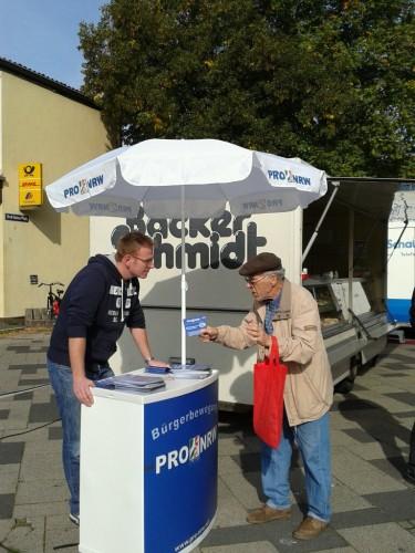 Stands pro-NRW.jpg