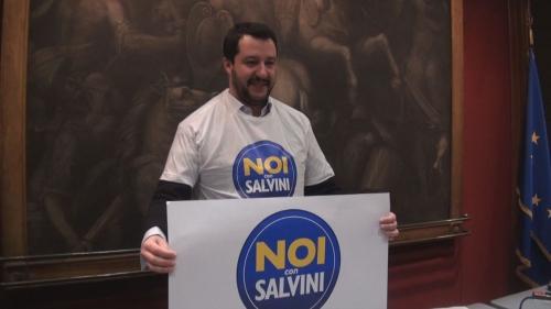 Noi con Salvini 1.png