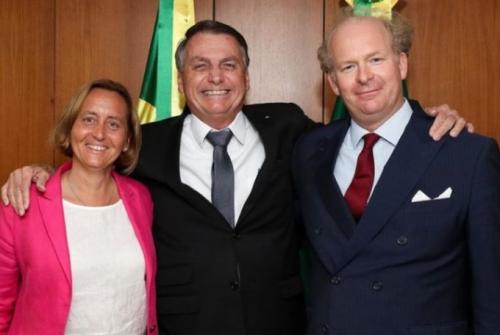 Beatrix von Storch, Präsident Jair Bolsonaro und von Storchs Ehemann, Sven von Storch.jpg