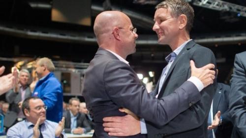 Andreas Kalbitz et Björn Höcke.jpg